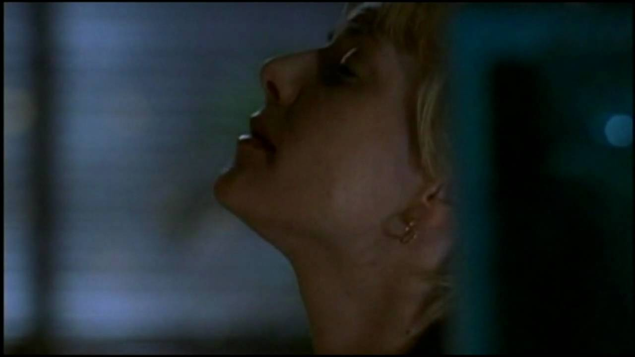 Amanda tapping the void