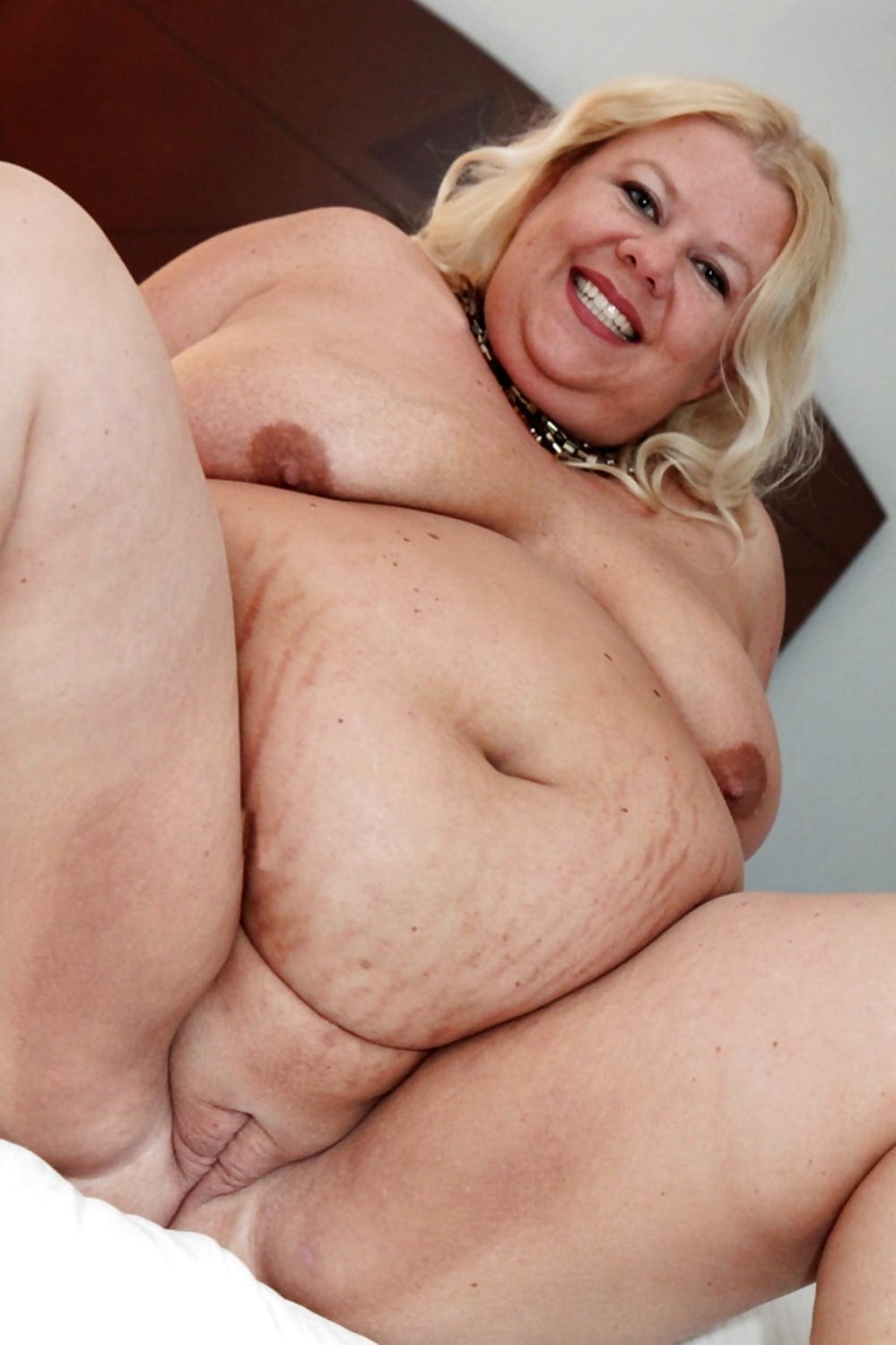 Naked fat women images